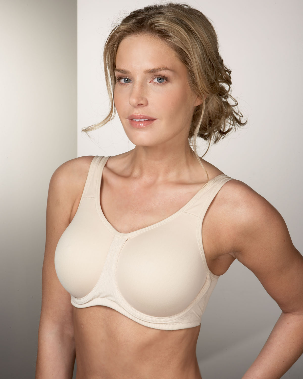 efdc6a4ed05 Wacoal Underwire Sport Bra (2 colors)~ 855170 - Knickers of Hyde Park